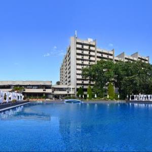 Grand Hotel Varna pool view 3